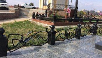 Кованые ритуальные ограды для могил